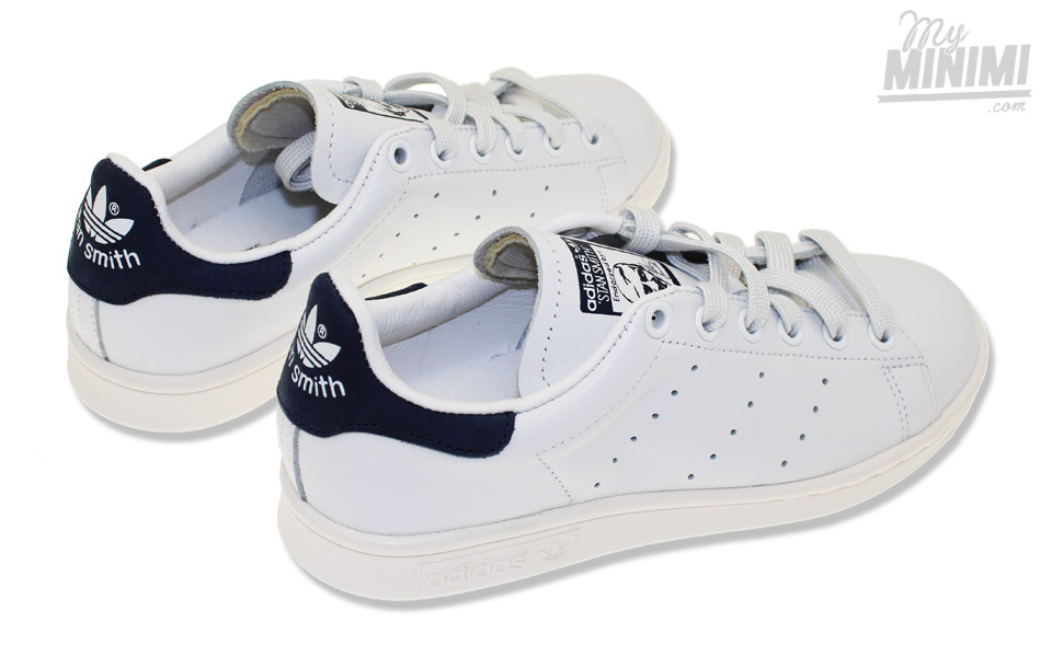adidas stan smith baskets enfant du 36 au 39 blanc et bleu. Black Bedroom Furniture Sets. Home Design Ideas