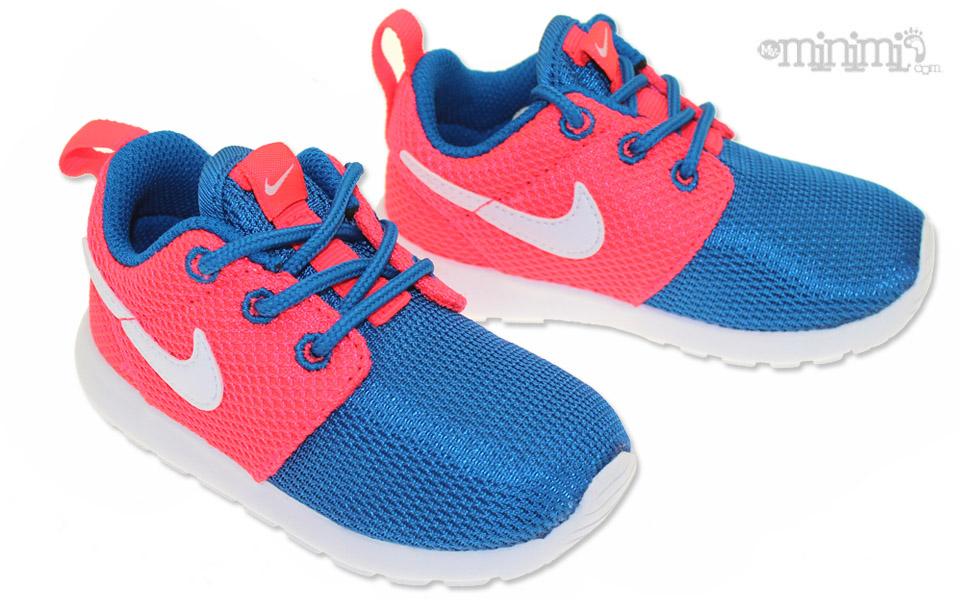 Basket Nike Rose Et Bleu