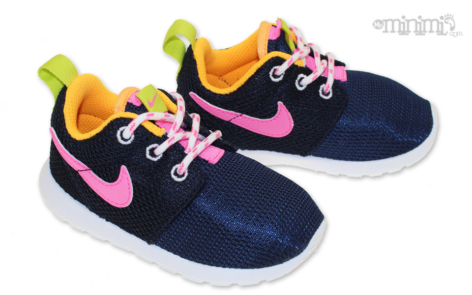 Photo Nike Roshe Run -baskets enfant du 20 au 27 - Bleu Marine, rose