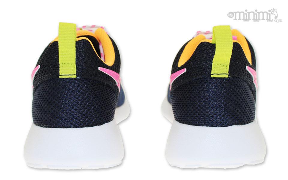 Nike Roshe One Noire Et Rose Basket Enfant
