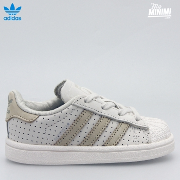 adidas Superstar fashion - du 18 au 27 - beige